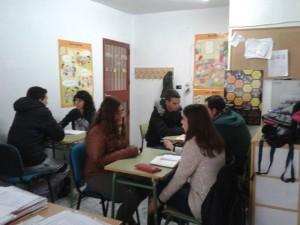 alumnos en el departamento de orientación