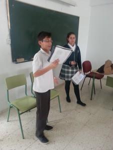 FOTO 1. ENSAYO EN EL AULA