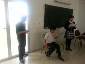 FOTO 2. ENSAYO EN EL AULA