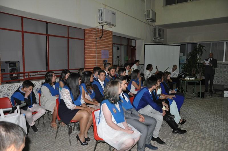 alumnos graduación 2º bachillerato 2015